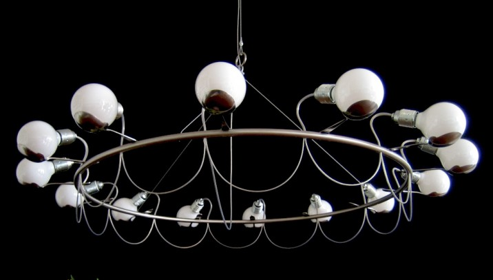 Grote ronde kroonluchter met 14 lampen